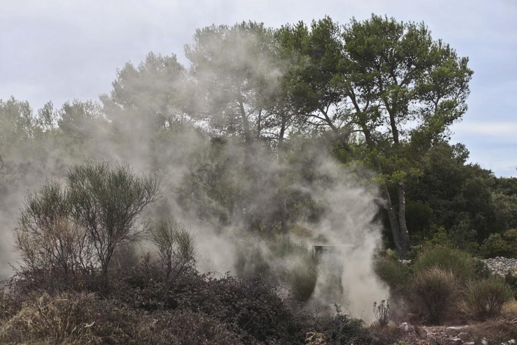 #veroniquemure #feu #terresderouvière #Nîmes