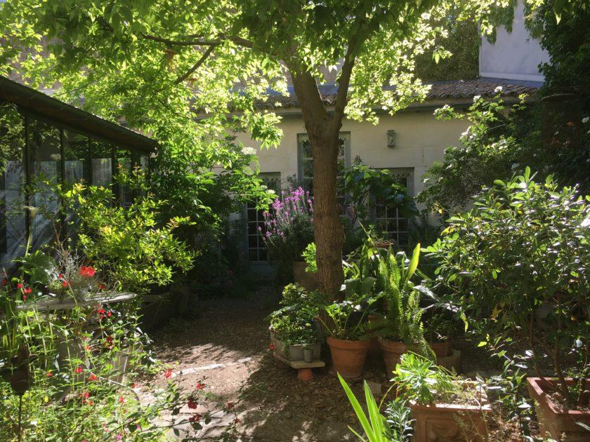 Etre au jardin confinée…
